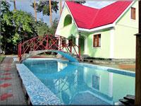 ЭДЕЛЬВЕЙС 3 коттедж посуточно, баня, бильярд, бассейн летний, 28 км